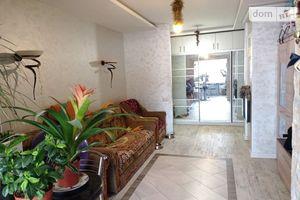 Продається 3-кімнатна квартира 59 кв. м у Гнивані