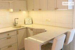 Продается 2-комнатная квартира 62 кв. м в Одессе