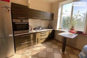 Продается 4-комнатная квартира 96 кв. м в Харькове