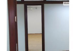 Сдается в аренду офис 47 кв. м в нежилом помещении в жилом доме