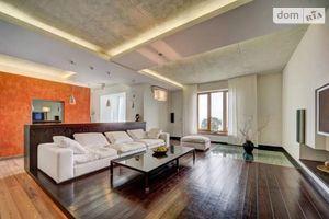 Продается 4-комнатная квартира 180 кв. м в Одессе
