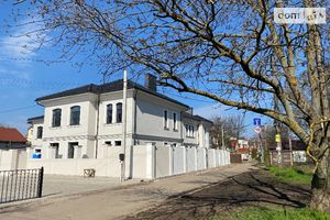 Продается дом на 2 этажа 154 кв. м с баней/сауной