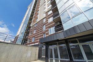 Продається нежитлове приміщення в житловому будинку 92 кв. м в 16-поверховій будівлі