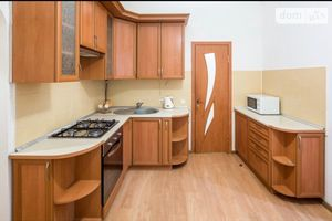 Сдается в аренду 2-комнатная квартира 54 кв. м в Львове