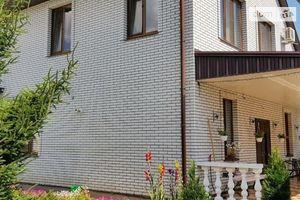 Продается дом на 2 этажа 192 кв. м с камином