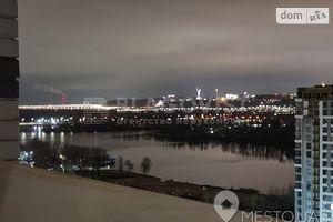Продается 3-комнатная квартира 100.8 кв. м в Киеве