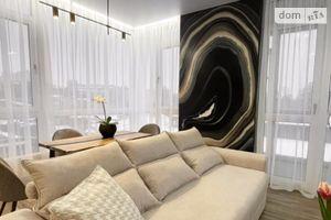 Продається 2-кімнатна квартира 85 кв. м у Києві