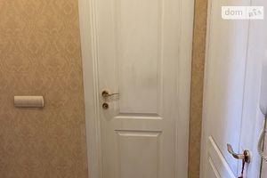 Здається в оренду кімната 64 кв. м у Києві