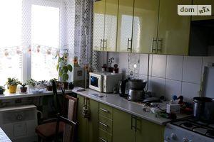 Продається 3-кімнатна квартира 62.8 кв. м у Іллінцях