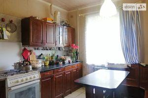 Продается 5-комнатная квартира 96 кв. м в Тернополе