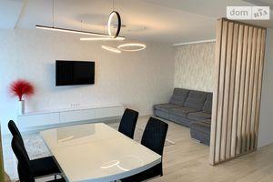 Продается 3-комнатная квартира 99.8 кв. м в Тернополе