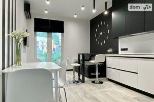 Продается 1-комнатная квартира 58.5 кв. м в Киеве