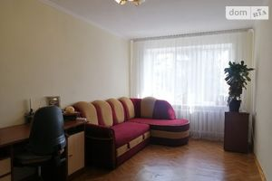 Продается 1-комнатная квартира 36.7 кв. м в Тернополе