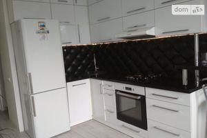 Продается 1-комнатная квартира 42.4 кв. м в Вышгороде