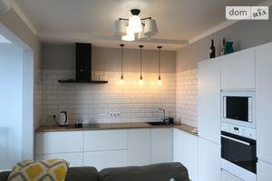 Продается 3-комнатная квартира 77 кв. м в Киеве
