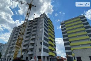 Продается 2-комнатная квартира 61 кв. м в Черкассах