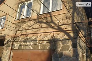 Продается дом на 2 этажа 200 кв. м с садом