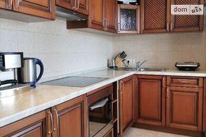 Продается 2-комнатная квартира 56 кв. м в Киеве