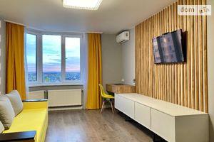 Продается 1-комнатная квартира 46.8 кв. м в Киево-Святошинске