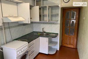 Сдается в аренду 3-комнатная квартира 68 кв. м в Черновцах