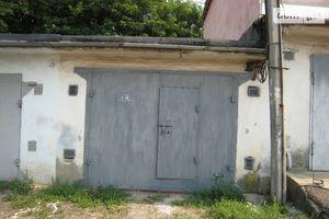 Купити місце у гаражному кооперативі в Чернівецької області