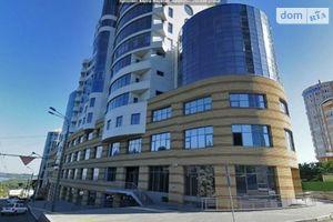 Здається в оренду офіс 691 кв. м в нежитловому приміщені в житловому будинку