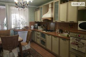 Продается дом на 2 этажа 213 кв. м с балконом